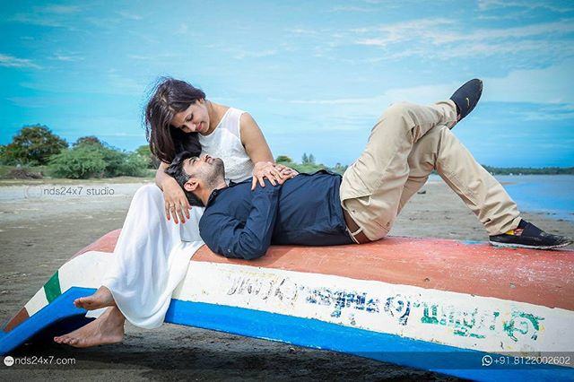 Pondicherry Beach Couple Photography